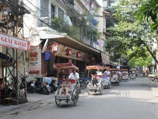 Dịch vụ taxi tải Phi Long tại phố Triều Vũ