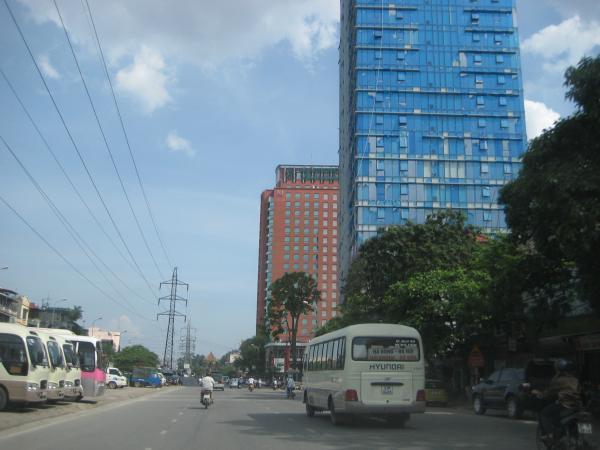 xe tải trên phố