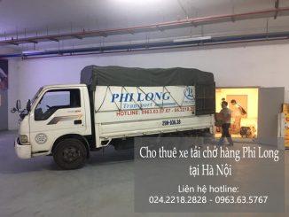Xe tải chở hàng hóa tại xã Hoa Sơn